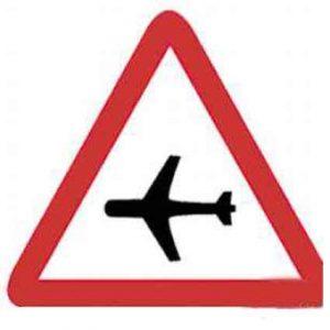 Señales de tráfico aeropuerto