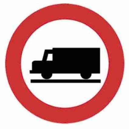 prohibido circular transportes mercancías