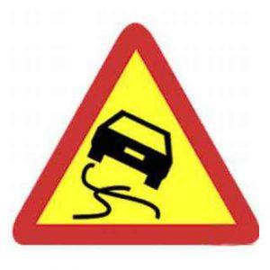 Señales de tráfico triangulares