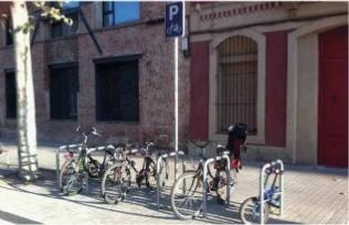 aparcabicicletas protector peatones mobiliario urbano